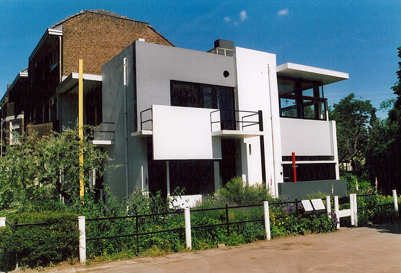 Gerrit thomas rietveld casa schroeder utrecht 1924 for Piani di casa bassa architettura del paese